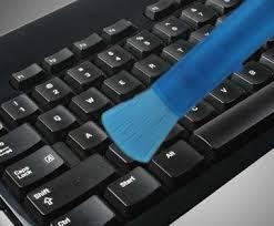 Rimozione polvere dalla tastiera